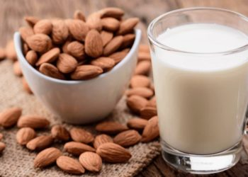 Be Cautious of Store-Bought Almond Milk